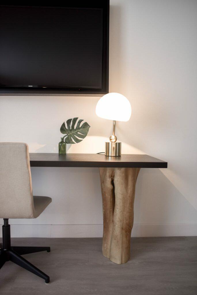 desk with trunk leg